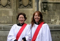 Ordination_joyce_addison_and_julie_khovacs